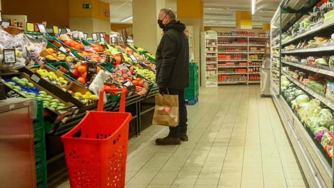 Caen un 12,6% las ventas del comercio minorista en enero y un 1,6% la ocupación