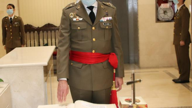 El general Francisco Germán Martínez Lozano asume el cargo de comandante militar de Navarra.