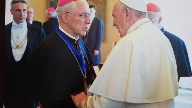 El obispo de Tarazona, monseñor Eusebio Hernández Sola, visita al Papa Francisco en junio de 2019.