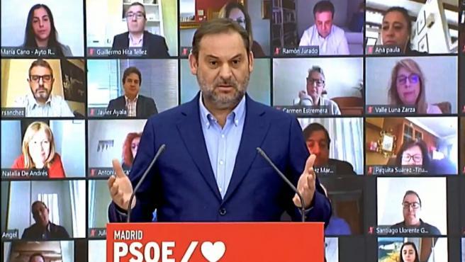 El ministro de Transportes, José Luis Ábalos, durante un acto telemático con alcaldes socialistas de Madrid.