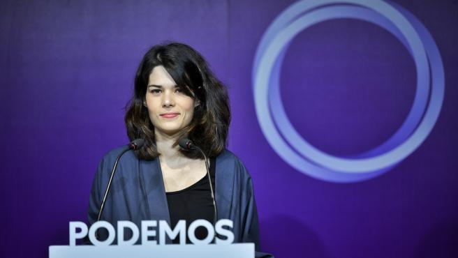 La portavoz de Podemos, Isa Serra, interviene en una rueda de prensa en la sede del partido para valorar la actualidad política.