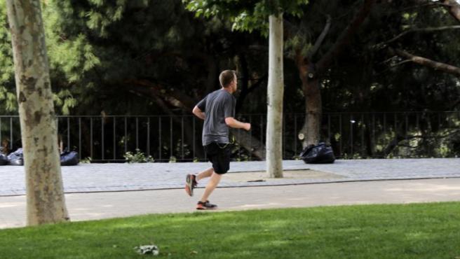 Imagen de una persona corriendo.