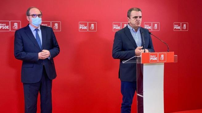 El delegaod del Gobierno en Madrid y secretario general del PSOE-M, José Manuel Franco, junto al ya candidato del PSOE a la Presidencia de la Comunidad de madird, Ángel Gabilondo.