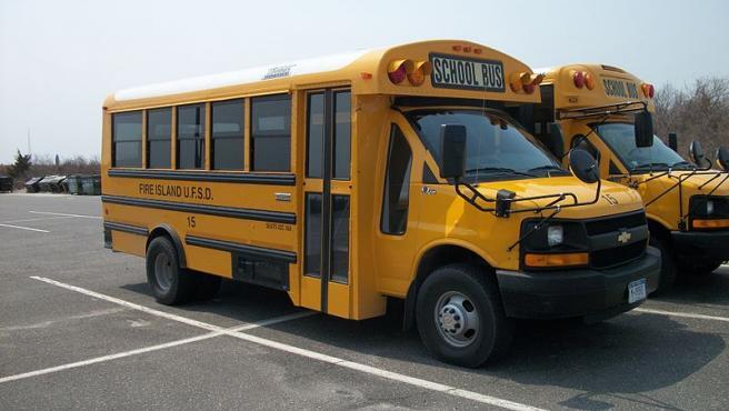 Imagen de un bus escolar.