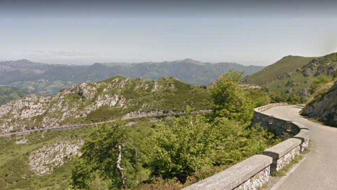 CO-4, carretera hasta los Lagos de Covadonga.