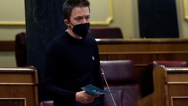 El líder de Más País, Íñigo Errejón, pregunta al Gobierno durante una nueva sesión de control, este miércoles, en el Congreso de los Diputados.