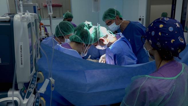 Trasplante de riñón cruzado incompatible pediátrico del Hospital Sant Joan de Déu y Clínic
