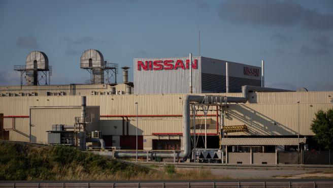 CC.OO. y CGT acuerdan la extinción de los contratos de la plantilla de Acciona en Nissan