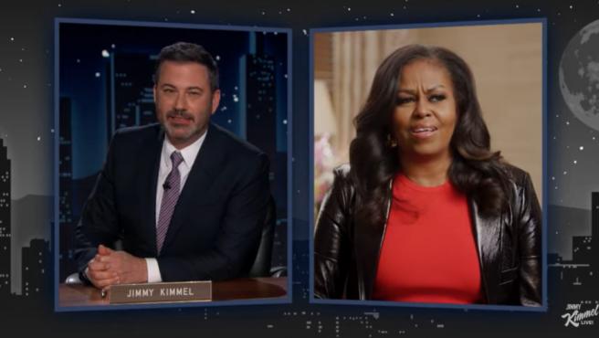 Jimmy Kimmel entrevista a Michelle Obama en 'Jimmy Kimmel Live!'.