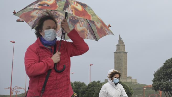 A Coruña Efectos de la borrasca Justine, convertida en ciclogénesis explosiva a su paso por A Coruña. Playas y zonas conriesgo cortadas al paso. Ambiente en el paseo marítimo 31/01/2021 Foto: M. Dylan / Europa Press