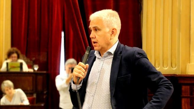 Archivo - El diputado de El PI Josep Melià.