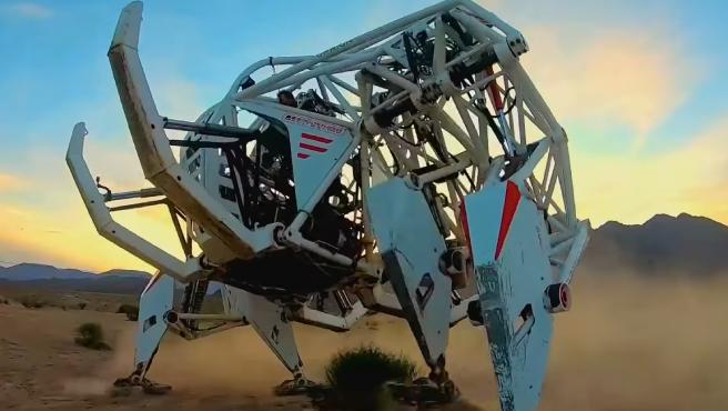 Crean un 'elefante robot' con fines deportivos que ya tiene un récord Guinness.