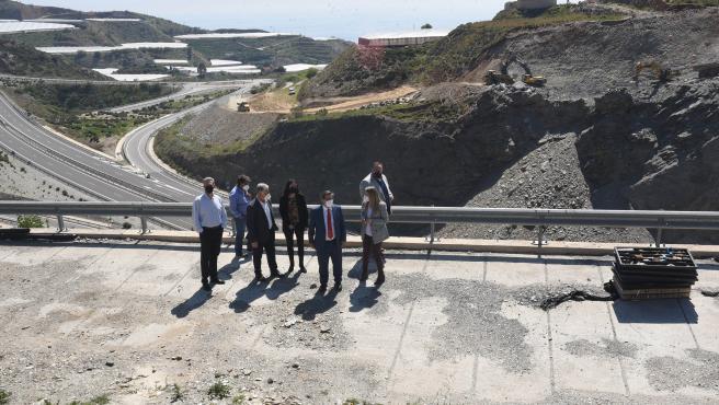 El presidente de la Diputación de Granada, José Entrena, visita la zona de Gualchos-Castell de Ferro