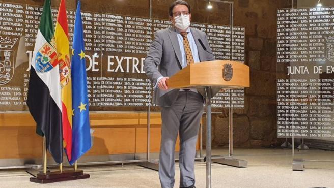"""La tendencia en Extremadura será de estabilización o descenso """"si no pasa nada en los próximos días"""""""