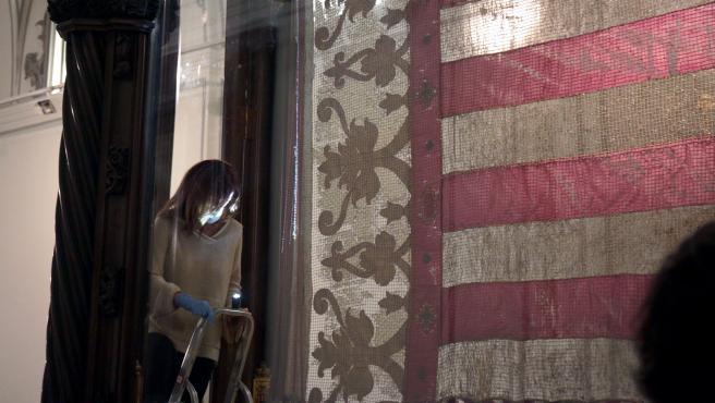 VALENCIA 2020-10-06 Restauración de la bandera
