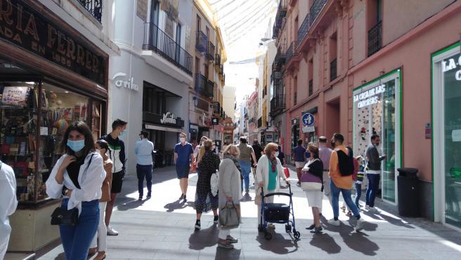 Calle Sierpes, una de las más comerciales de Sevilla.