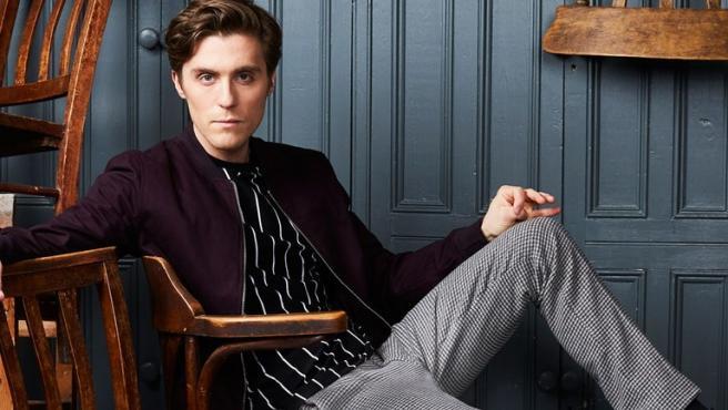 Jack Farthing será el príncipe Carlos en 'Spencer'.