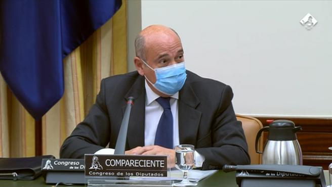 Pérez de los Cobos rechaza hablar de fondos reservados