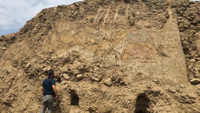 Mural Cunispique descucbierto en el valle de Virú