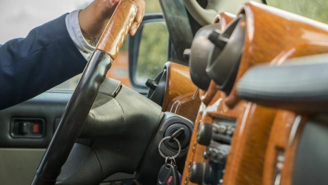 Los vehículos autónomos prosiguen su desarrollo y amenazan el futuro profesional de chóferes, repartidores o taxistas, aunque es cierto que todavía faltan años para su proliferación.