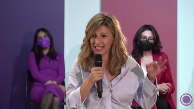 La ministra de Trabajo, Yolanda Díaz., defiende experiencia de gobierno de Podemos frente al 'despojo' que la Comunidad ha dejado los servicios públicos