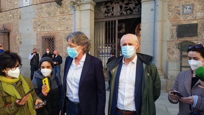 Los ediles de Recupera Madrid Marta Higueras y Luis Cueto