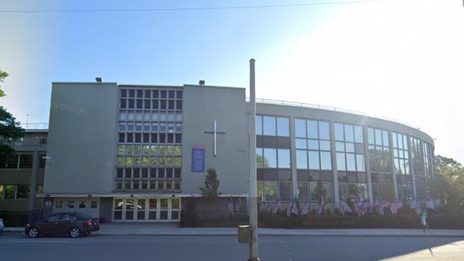 Imagen de archivo del Colegio Preparatorio St. Francis, en Queens (Nueva York, EE UU), contra el que se presentaron 21 denuncias por presuntos abusos ocurridos entre 1959 y 2001.