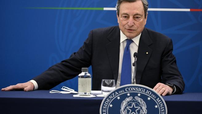 Mario Draghi comparece en rueda de prensa.