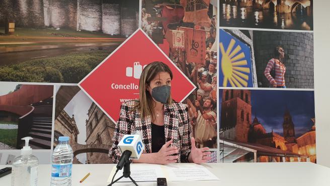 La alcaldesa de Lugo, Lara Méndez, en rueda de prensa de remodelación de su gobierno