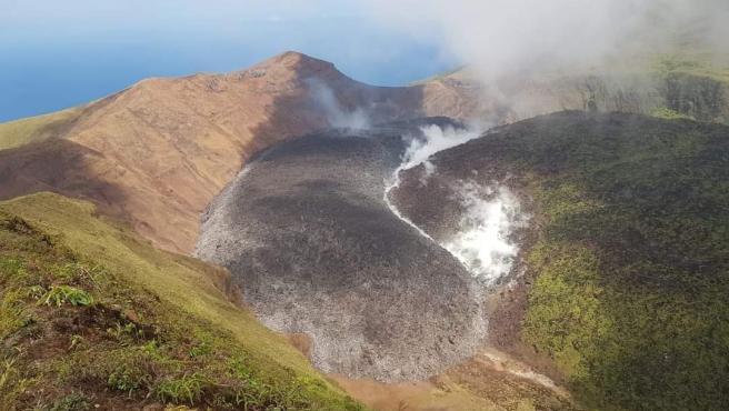 Lengua de lava en el volcán La Soufriere