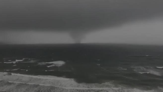 Imagen del tornado que afectó a Panama Beach, en Florida (EE UU).