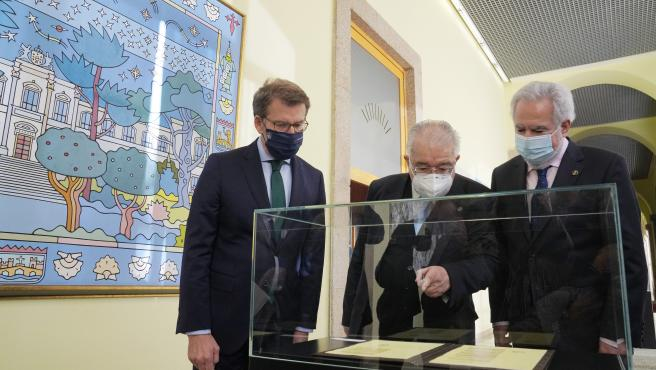 Acto celebración de los 40 años de la promulgación de Estatuto de Galicia - en el Parlamento de Galicia - Juan José González Rivas, Presidente Tribunal Constitucional, Miguel Santalices, Presidente Parlamento de Ga