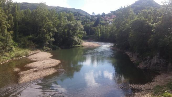 Archivo - Río Nalón.