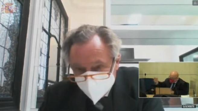 El empresario López Hierro, marido de Cospedal, declara en el juicio de los 'papeles de Bárcenas'.
