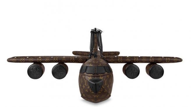Bolso en forma de avión de Luis Vuitton