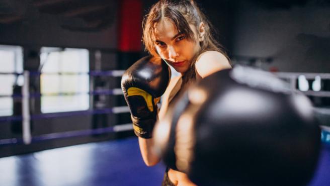 Los movimientos del boxeo son beneficiosos para nuestro cuerpo.