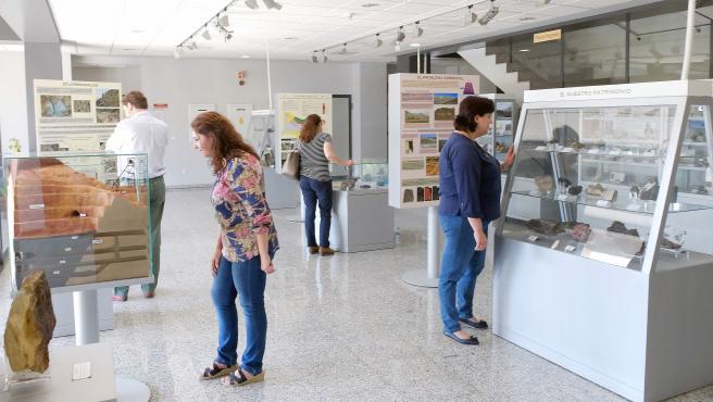 Archivo - Muestra expuesta en el Citius sobre minería