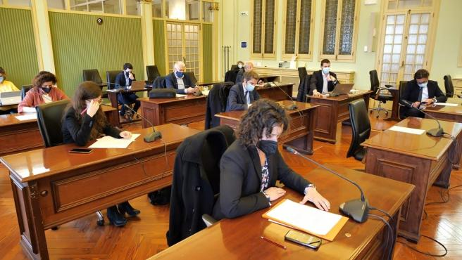 La Comisión de Hacienda y Presupuestos del Parlament.