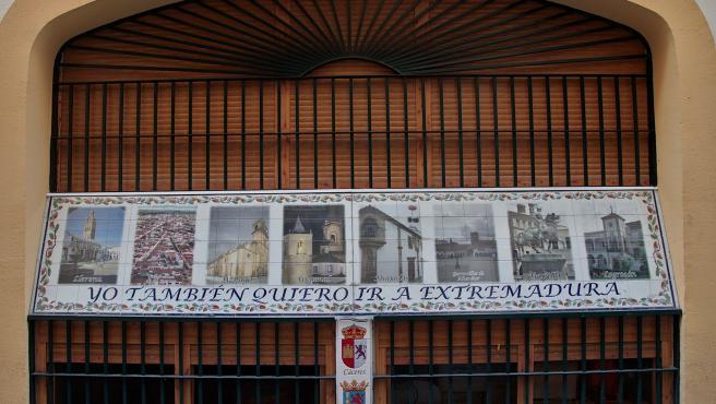 La Diputación de Badajoz destina subvenciones para apoyar a las comunidades extremeñas en el exteriror y sus federaciones