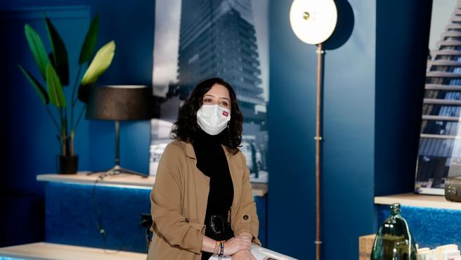 La presidenta de la Comunidad de Madrid, Isabel Díaz Ayuso, en un acto en la sede de la cadena de Hoteles Radisson.