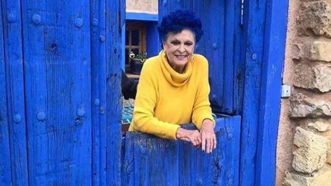 Lucía Bosé en 'La Casa Azul', su casa de Brieva, Segovia.