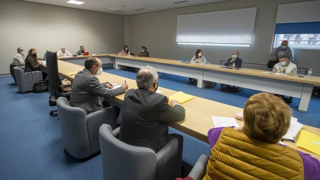 O director xeral de Centros e Recursos Humanos, Jesús Álvarez Bértolo, preside a Mesa Sectorial Docente non Universitaria.