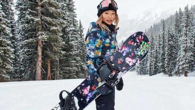 La campeona de snowboard Chloe Kim.