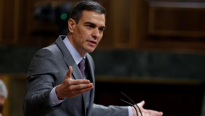 """Sánchez ratifica su plena confianza en Marlaska a quien considera """"un gran ministro"""""""