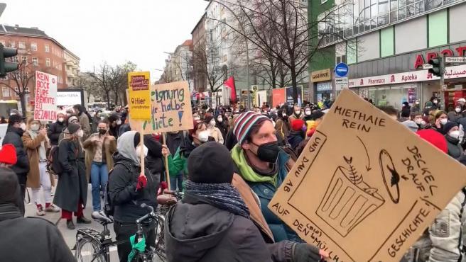 Miles de personas se manifiestan en Alemania.