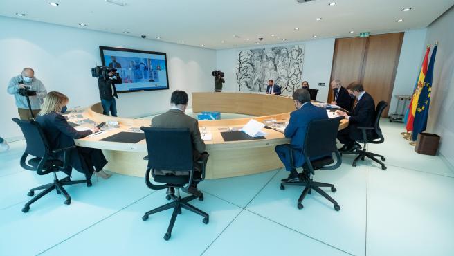O titular do Goberno galego, Alberto Núñez Feijóo, preside a reunión do Consello da Xunta. Edificio Administrativo de San Caetano, Santiago de Compostela, 15/04/21.