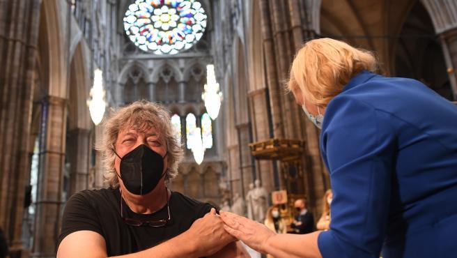 Vacunación contra la COVID-19 en Londres, la capital de Reino Unido.