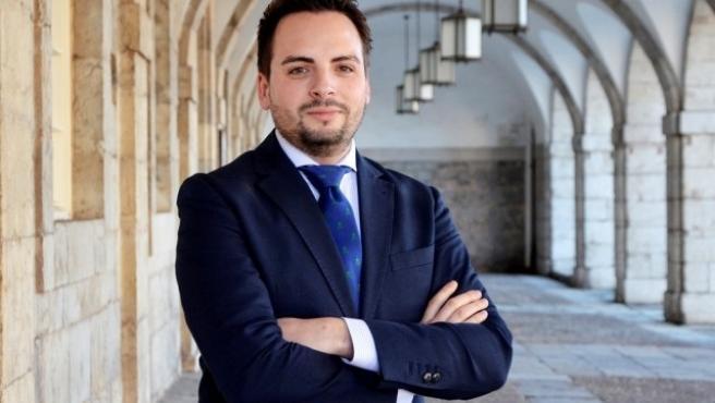 Archivo - El diputado del PP Álvaro Aguirre