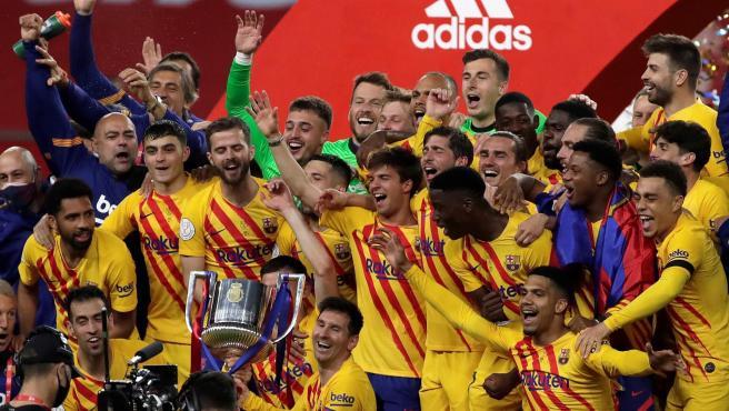 El Barça celebra su 31ª Copa del Rey.