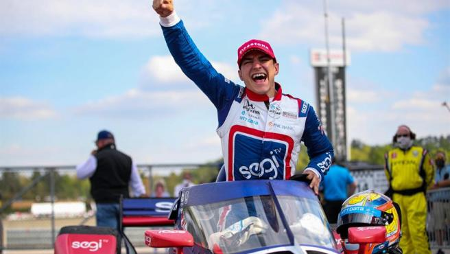 Álex Palou celebra su victoria en el Grand Prix de Alabama